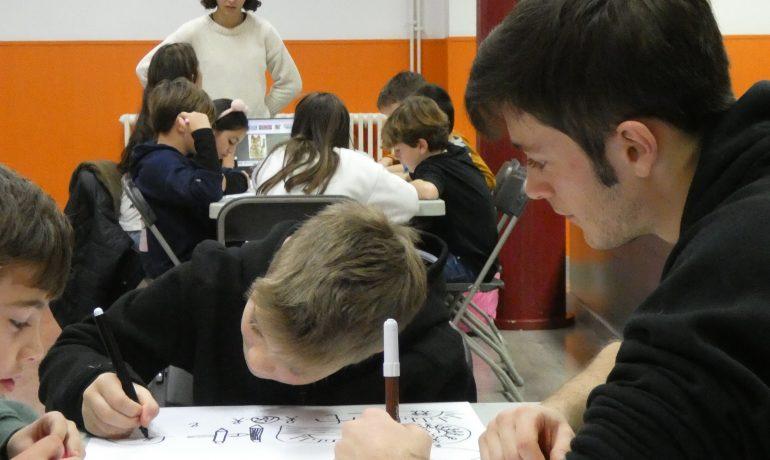 Les cooperatives Escoomix i Esco & company reben la visita d'estudiants de la Gaspar Camps: